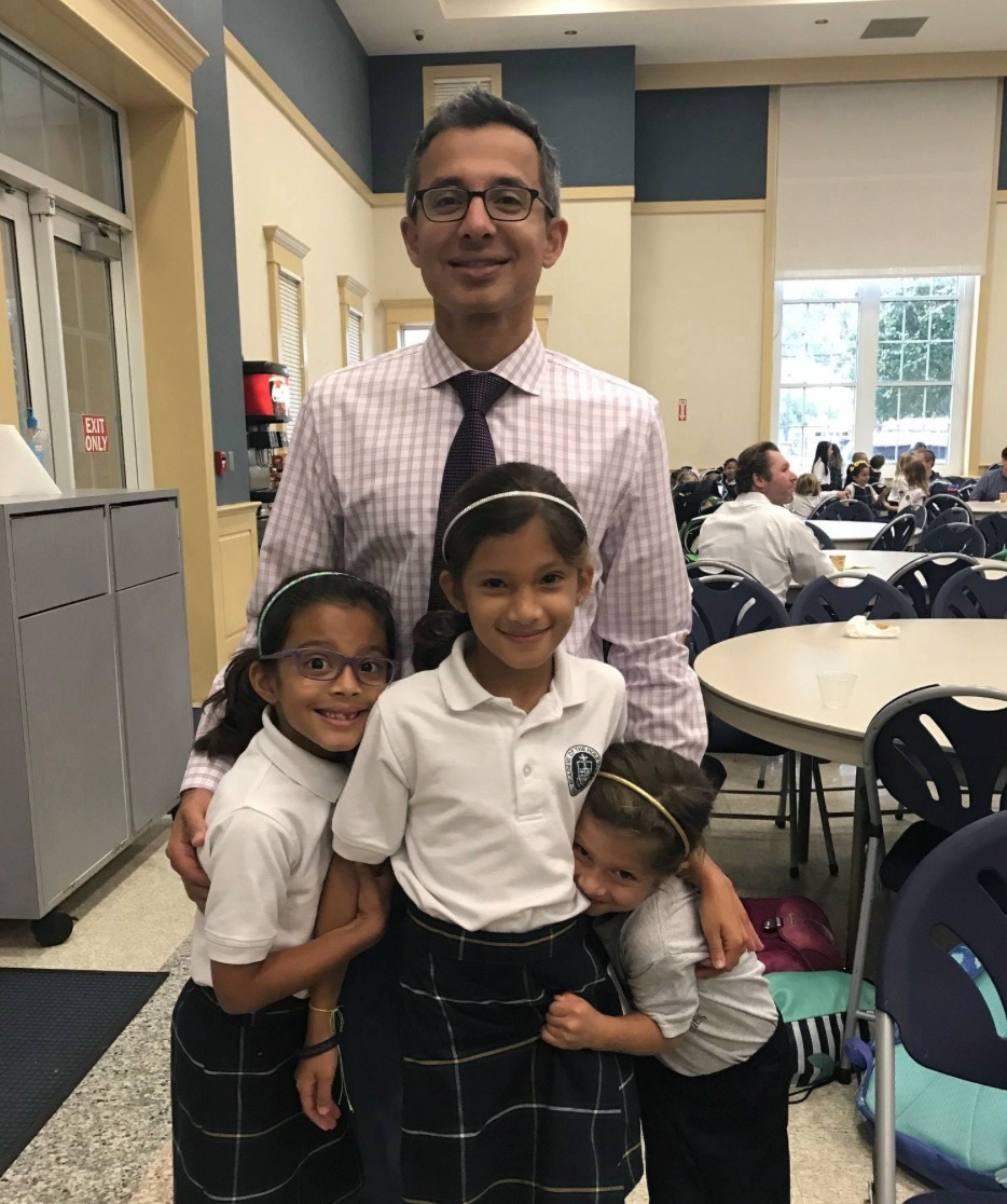 Dads Club Hosts Donuts With Dads