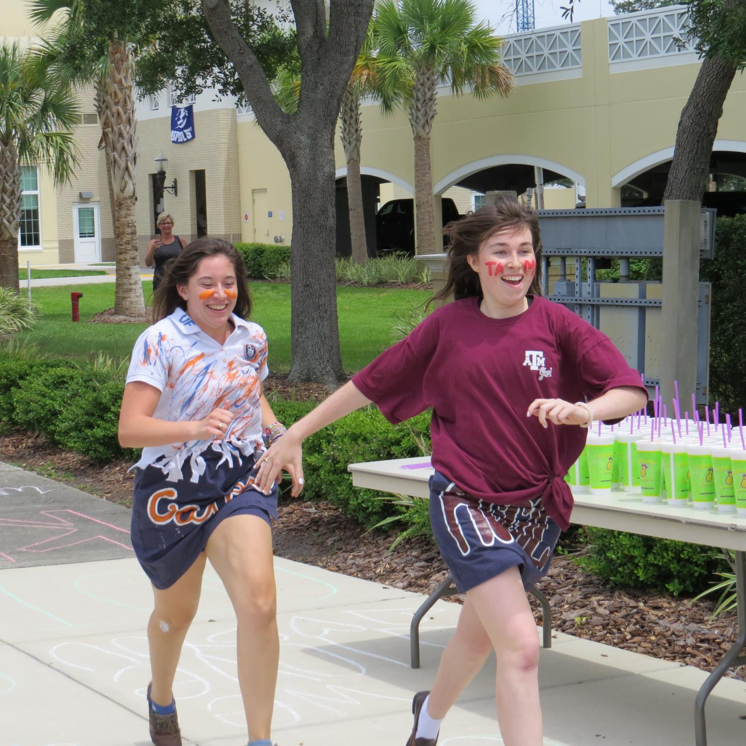 Seniors Make a Splash: Running of the Halls 2018